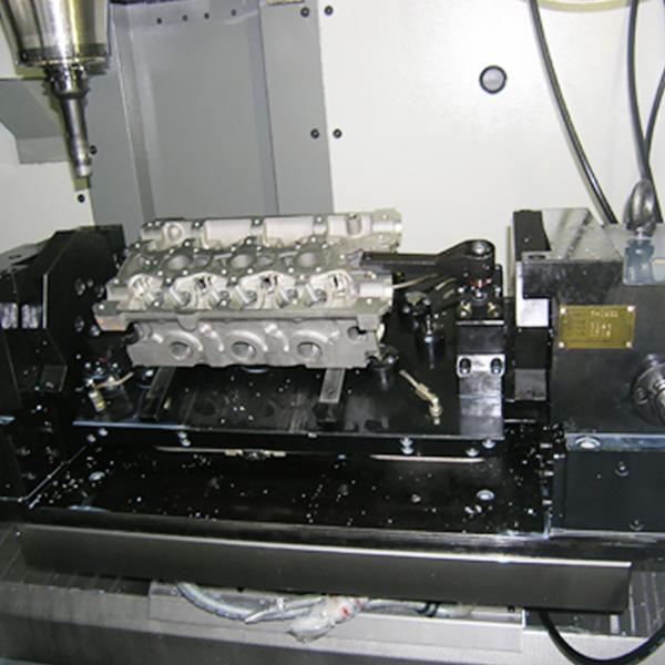 缸盖液压回转夹具